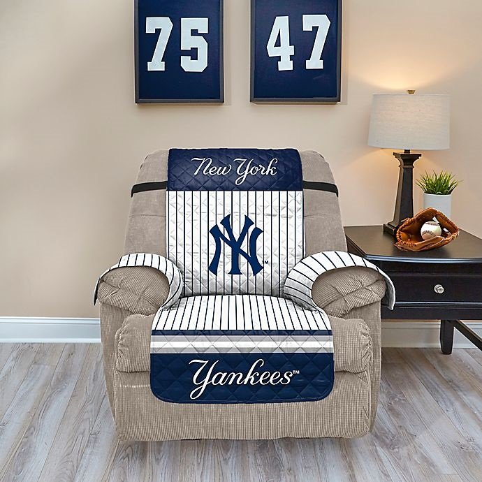 """MLB New York Yankees Recliner Protector - Fits most recliners up to 34"""" wide!!"""