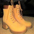 STEVE MADDEN P-HILL NUBUCK Platform Boots - Size 8.5 - GREAT PAIR OF S*KICKERS!