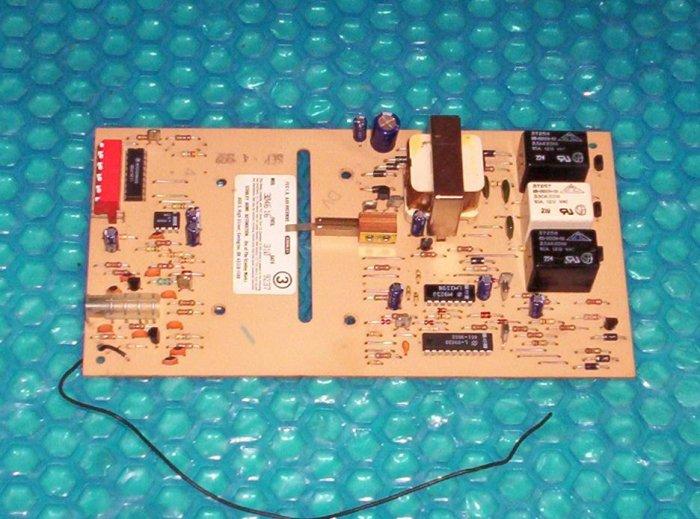 STANLEY garage door opener control board 3046 04  (699)