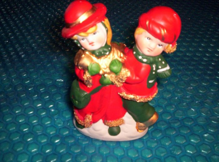 CHRISTMAS      FIGURINE                          (195)