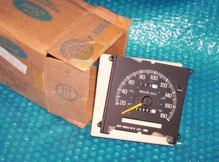 Speedometer w/trip FORD  F-250  1988  (784)