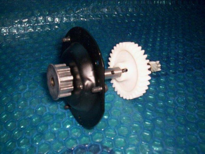 LIFTMASTER BELT DRIVE opener GEAR 41A4885-2 (603)