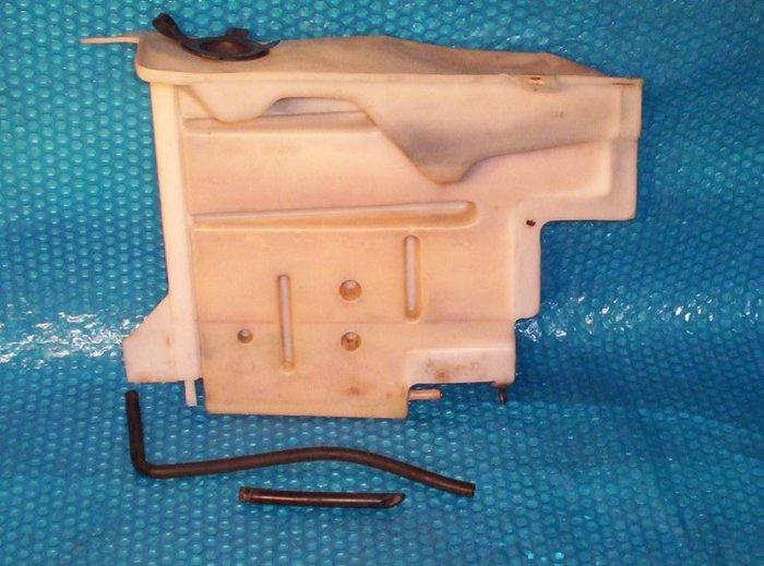 1990-1992 Chevy Lumina Radiator  Reservoir stk#(842)
