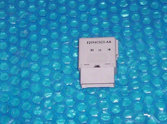Ford 5 pin Module  F29F6C6625-AA                  stk#(1081)