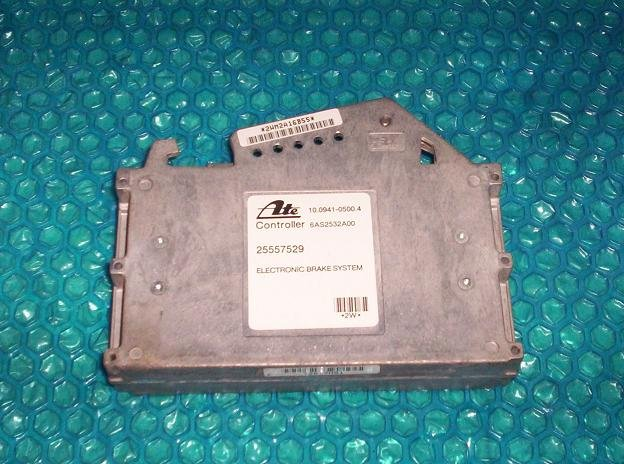 Buick Lesabre  ABS control module 25557529  stk#(1733)