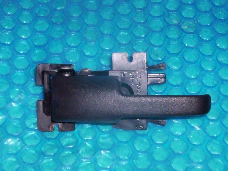 Ford Explorer/Mercury Mountaineer Inside Pull Handle LH  f17B-7822039-A  stk#(611)