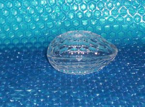 Glass  Egg container                                                          (997)