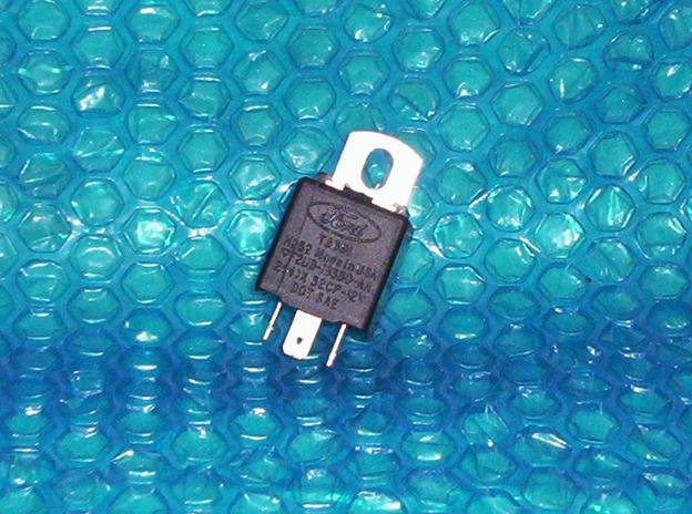 Ford Flasher Cube F2ub 13350 Aa2 4 X32cp12v Stk 2786