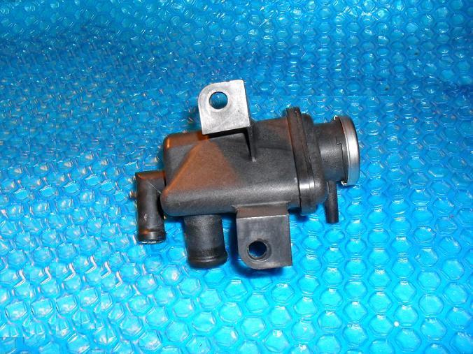 97 Mazda  Radiator Cap Swirl Pot Coolant Overflow Burp Tank  Y*  stk#(3062)