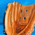 Louisville Slugger Baseball Glove   stk#(3179)