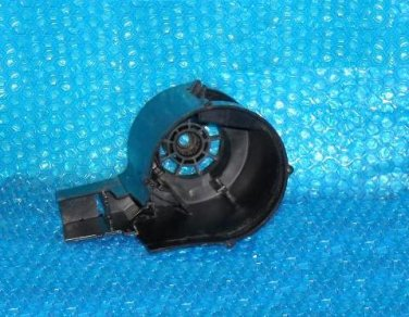 Hoover runabout Upright Vacuum Cleaner Motor Half Cover 37194046  stk#(4021e)