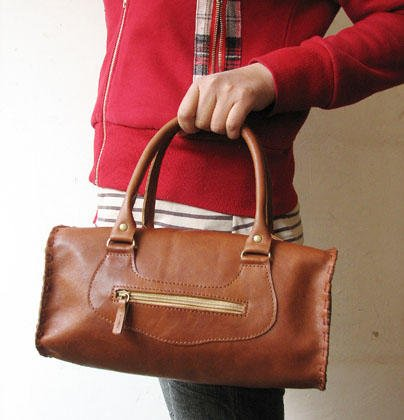 Cute Brown Color Barrel Shape Leather Handbag