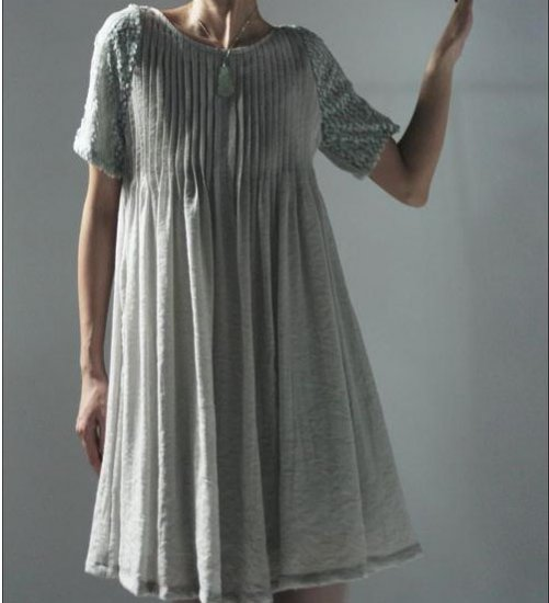 Gray pearl short sleeve dress.