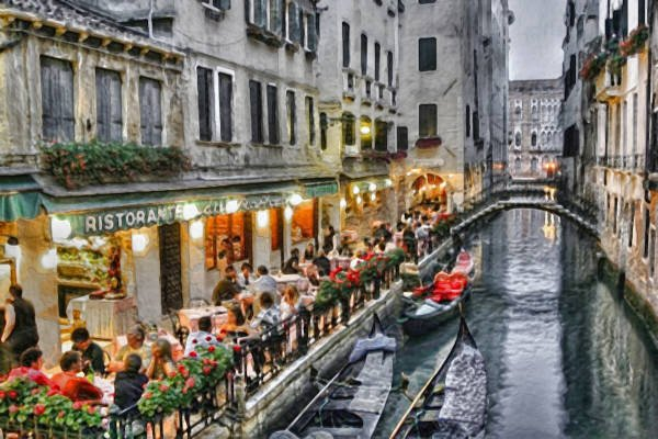 DINING ON THE CANAL
