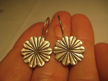 999 silver hill tribe flower earring earrings northern Thailand A12