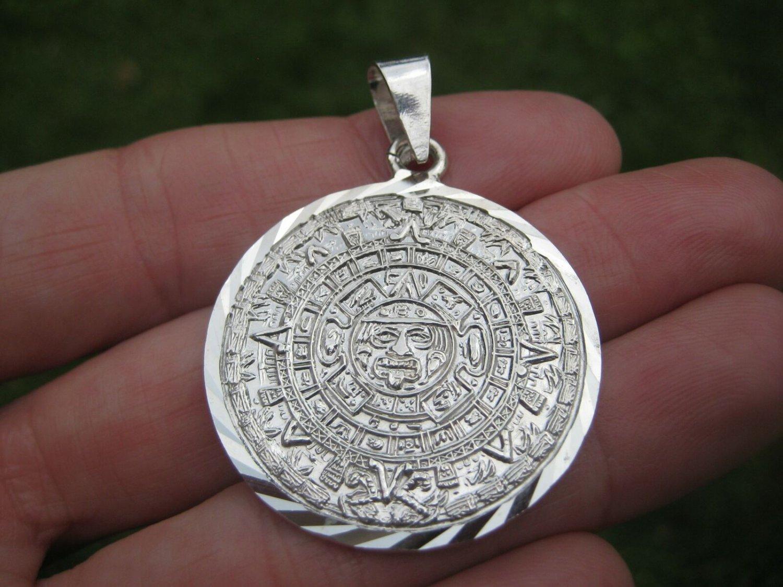950 Silver Mayan Calendar Pendant Taxco Mexico A27734