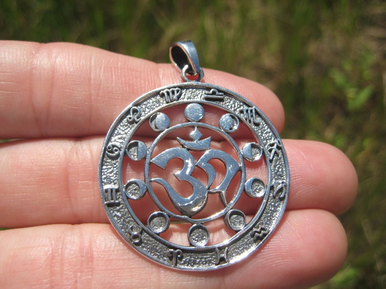 925 Silver Ohm Zodiac Calendar Spiritual Symbol Pendant Necklace 24