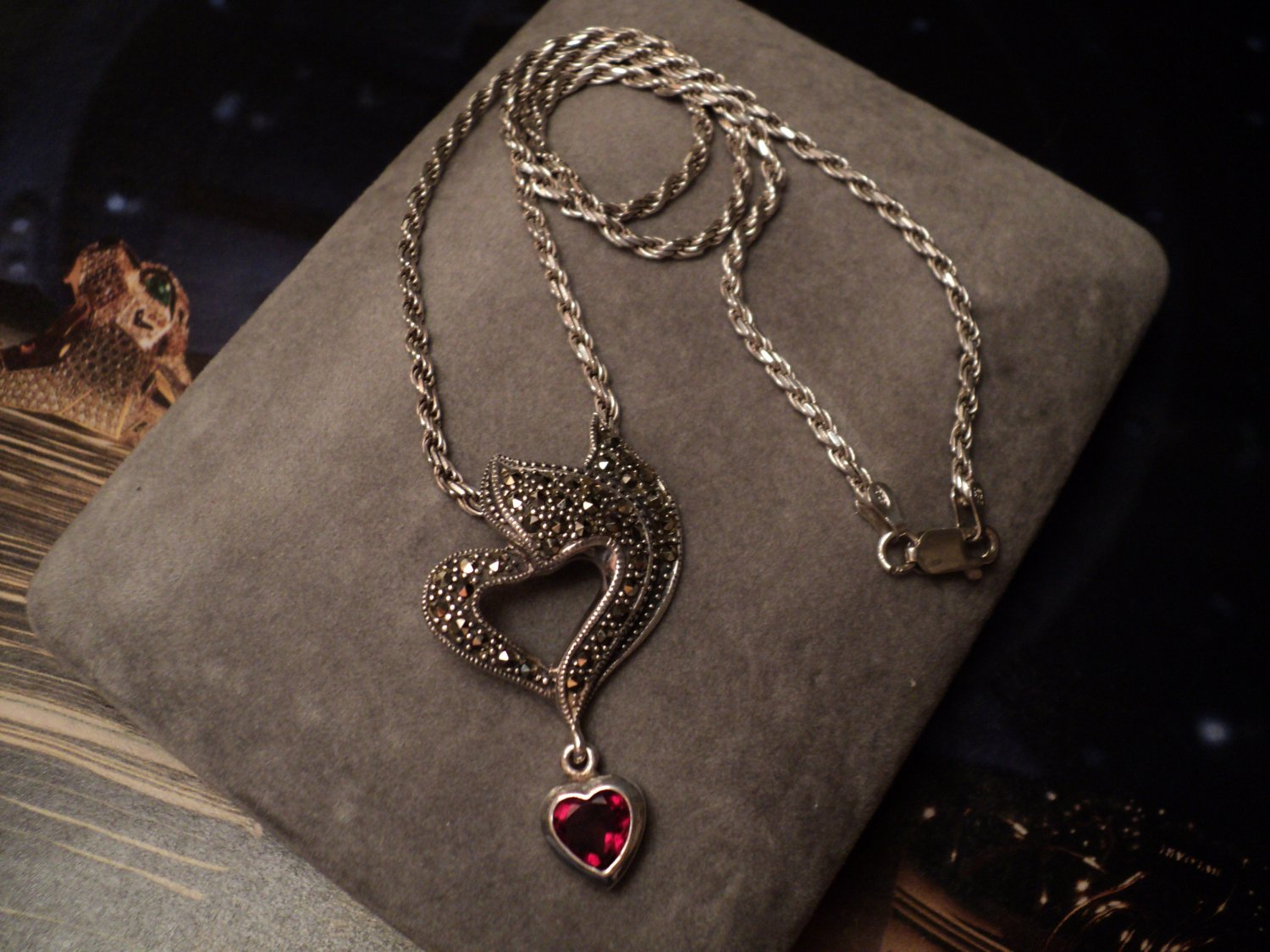 "Solid .925 STERLING SILVER Genuine GARNET MARCASITE Layerd HEART Rope NECKLACE 18""L Womens Red UPC:"