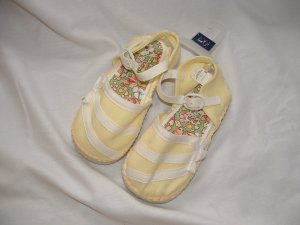 NWT Girls GAP KIDS Cloth Sandal Yellow Sz 9 Toddler