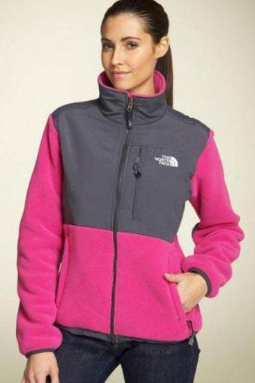 NWT North Face Denali Jacket Women�s Pink Grey Sz S