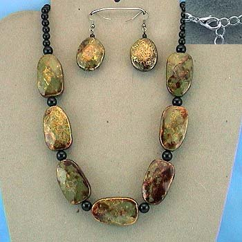 NECKLACE / EARRING SET  PATINA BEADS