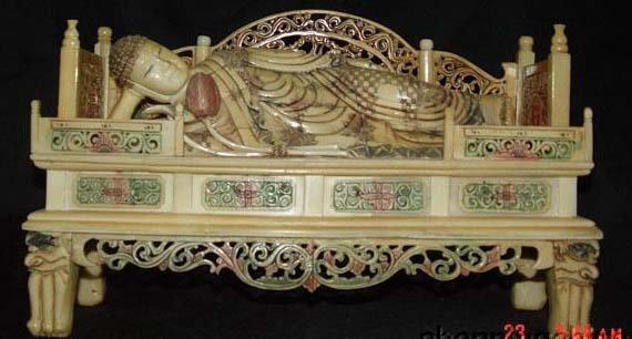 Old Bone Art Handicraft Lucky Buddha recumbent Bed Statue