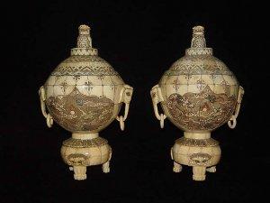 Exquisite Bone Art Handicraft Carving Pair Dragon Ball