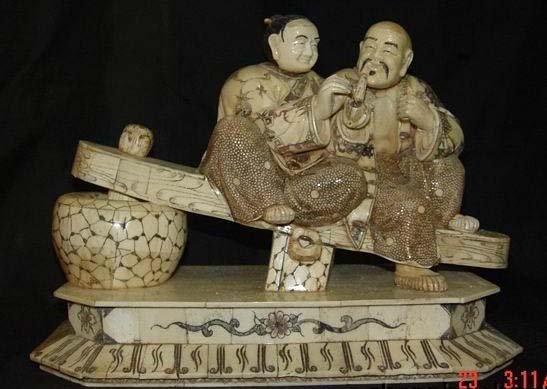Exquisite Bone Art Handicraft Old blessedness Couple Statue
