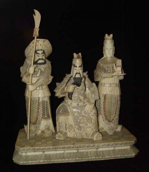 Exquisite Bone Art Handicraft Guangong God Figure