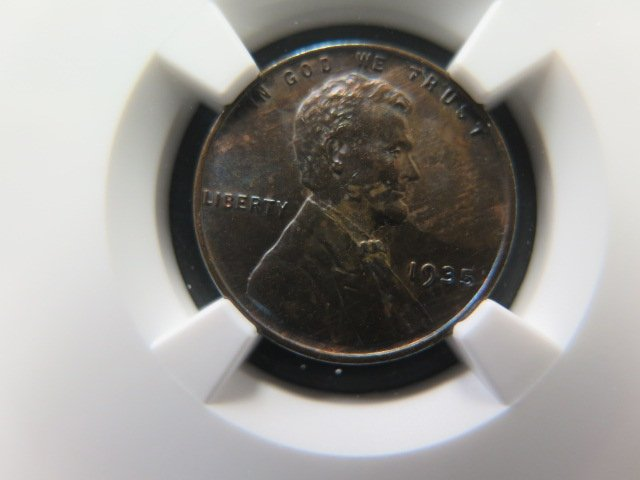 1935 1C Lincoln Wheat Cents.  Choice Eye Appeal.  NGC MS62