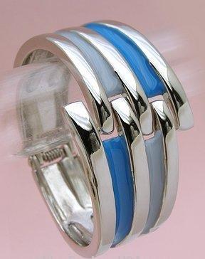 Flirty Blue/Silver Clasp Metal Bracelet