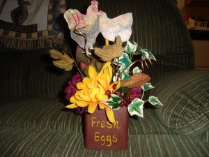 Rooster floral decor
