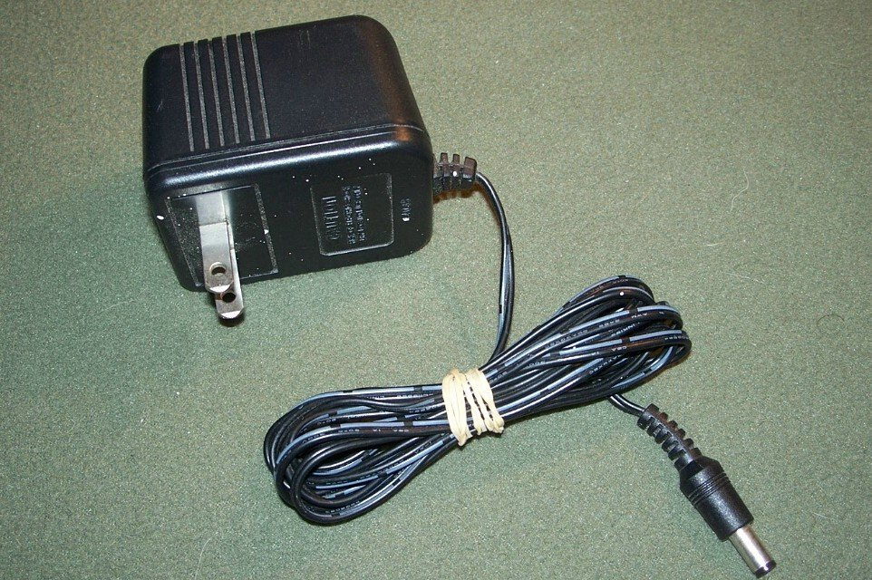 Westell AEC4112H 12V 1.25A AC Power Supply Charger Adapter