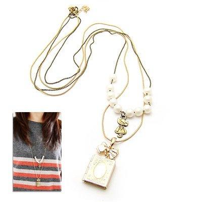 Stylish Fashion Picture Frame Necklace