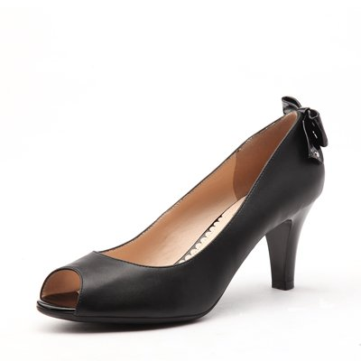 Love-shaped Pendant with butterfly decoration mid-heel open-toe shoe black