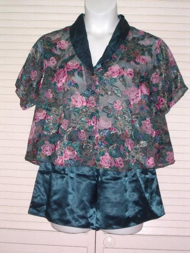 Victorias Secret Peignoir, camisole and tap shorts Medium