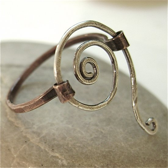 Urban and Unique - Handforged Artisan Ring in Sterling Silver and Copper - size 7