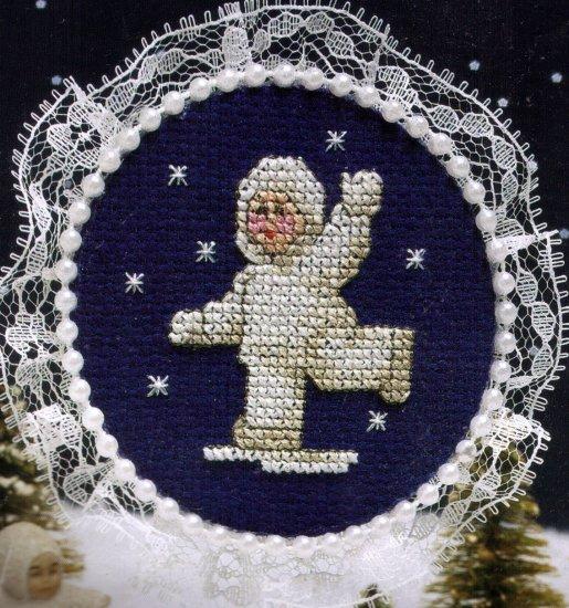 SNOW BABY ICE SKATING CROSS STITCH KIT