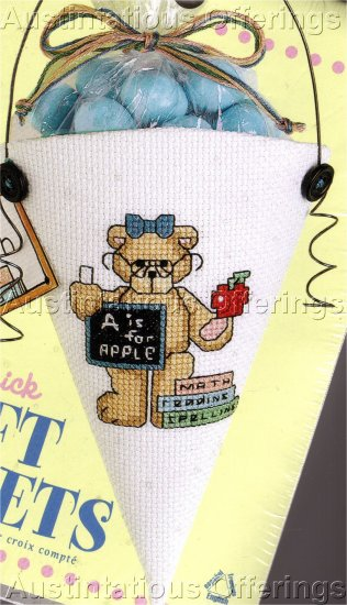 CROSS STITCH KIT TEACHER GIFT POCKET TEDDY BEAR , APPLE