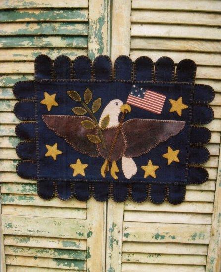 PRIMITIVE FOLK ART  PATTERN CHART  AMERICANA EAGLE PENNY RUG FELT EMBROIDERY