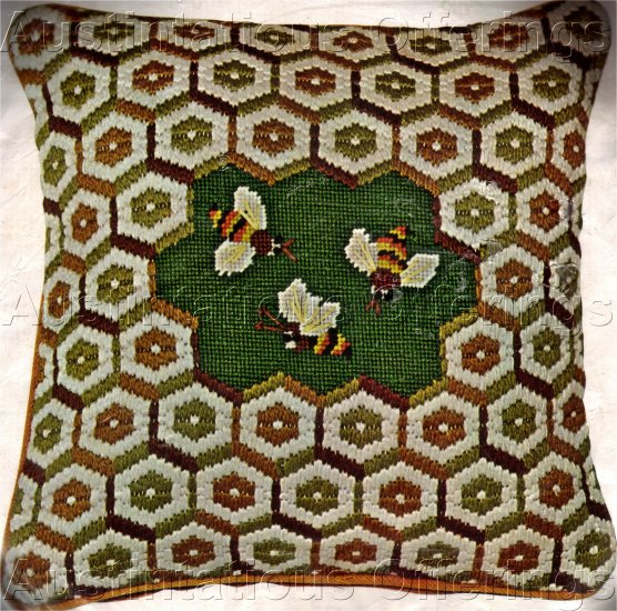 RARE SPRINGTIME BEES NEEDLEPOINT PILLOW KIT BEE HIVE