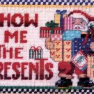 RARE LINDA GILLUM CHRISTMAS  PRESENTS NEEDLEPOINT SAMPLER PICTURE / PILLOW KIT