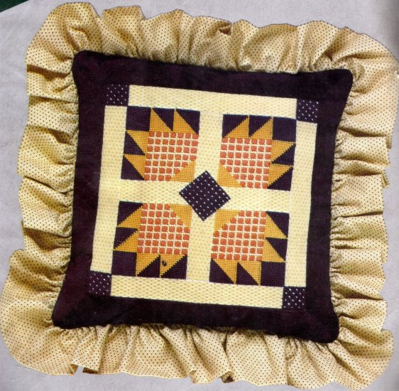 RARE LECLAIR SAWTOOTH FOLK ART QUILT DESIGN NEEDLEPOINT KIT BEARPAW QUILT