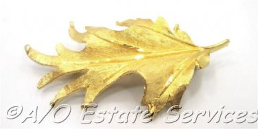 Vintage BSK Gold Toned Oak Leaf Brooch Perfect Autumn Accessory