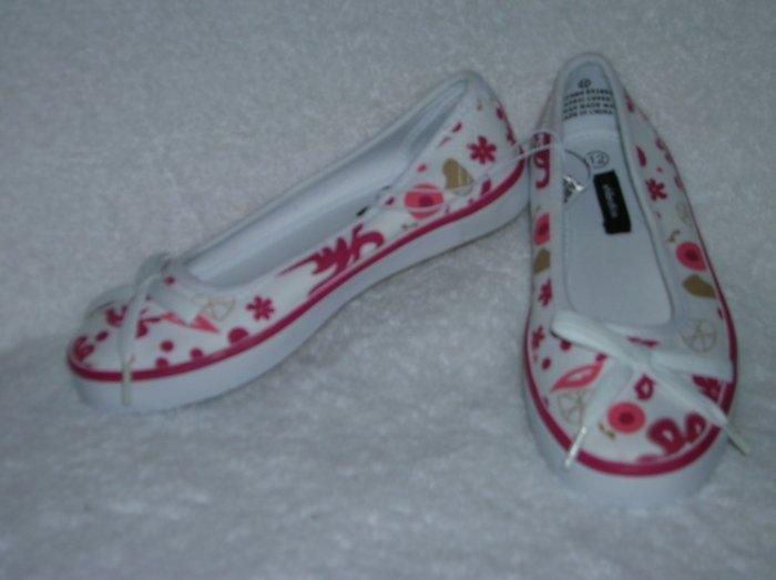 Xhilaration Josefine Girl's Pink/White Slipons Size 12