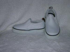 Circo Lois Girls White Slipons Size 7