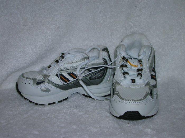 Prospirit Mario Boy's White/Blue Sneakers Size 6 1/2
