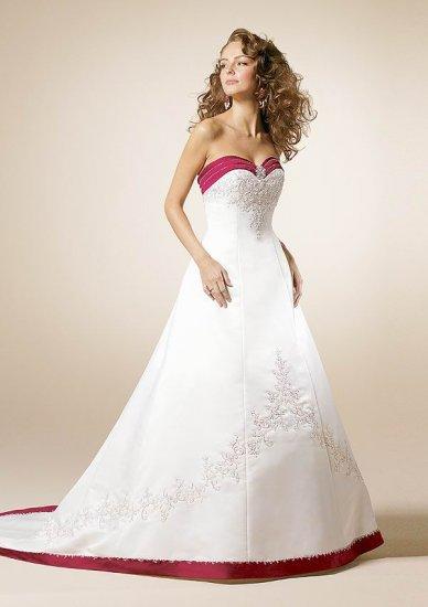 150 New Bridal Wedding dress/Gown & Bridesmaid Custom Size