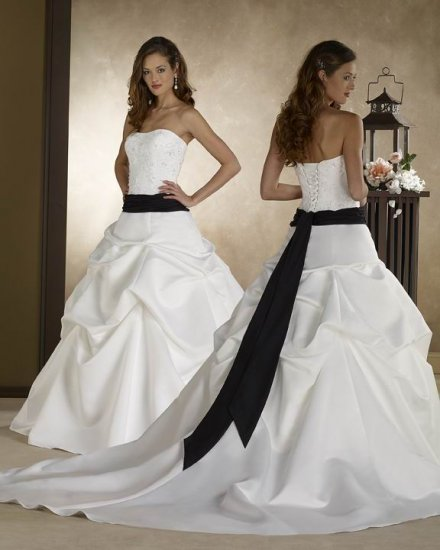 152 New Bridal Wedding dress/Gown & Bridesmaid Custom Size