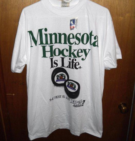 Minnesota MOOSE HOCKEY is LIFE T-shirt Mens L Large NWT